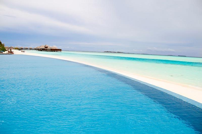 Anantara-Dhigu-Maldives-(1)