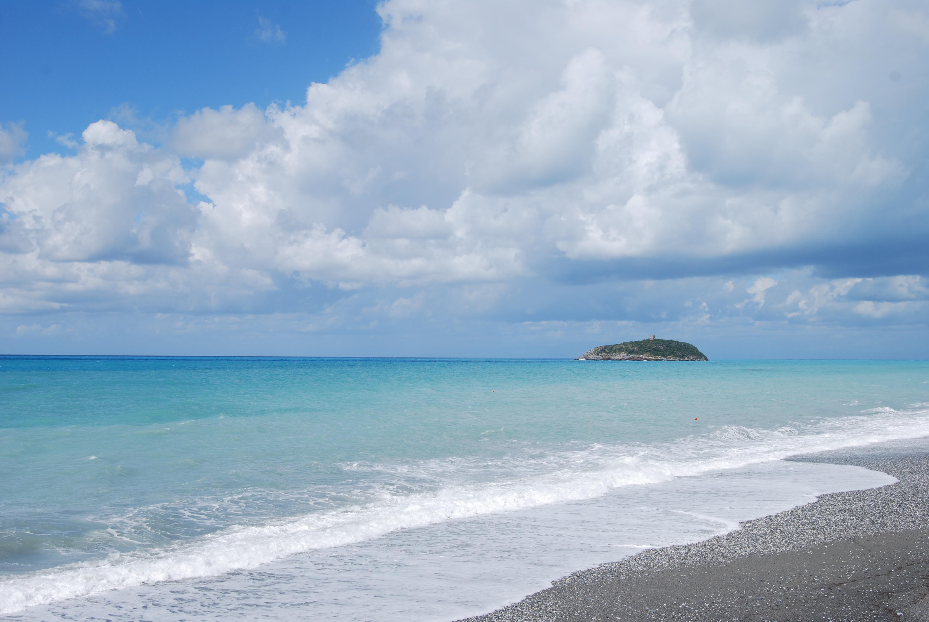Isola_di_Cirella_-_(1).jpg