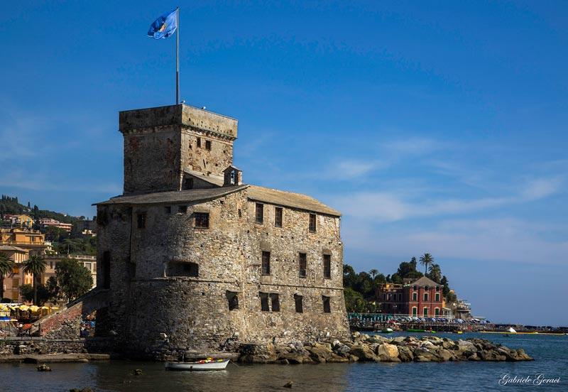 castello-di-rapallo-liguria