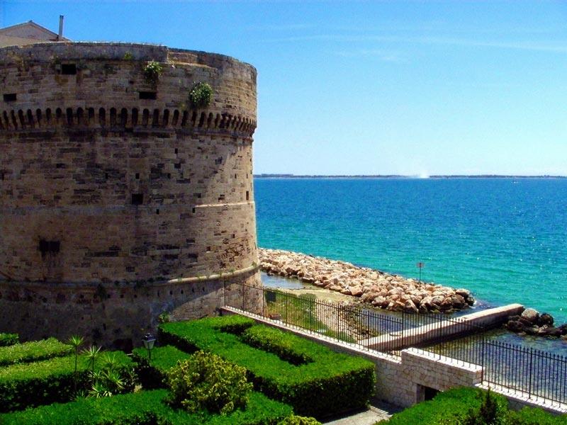 castello-taranto
