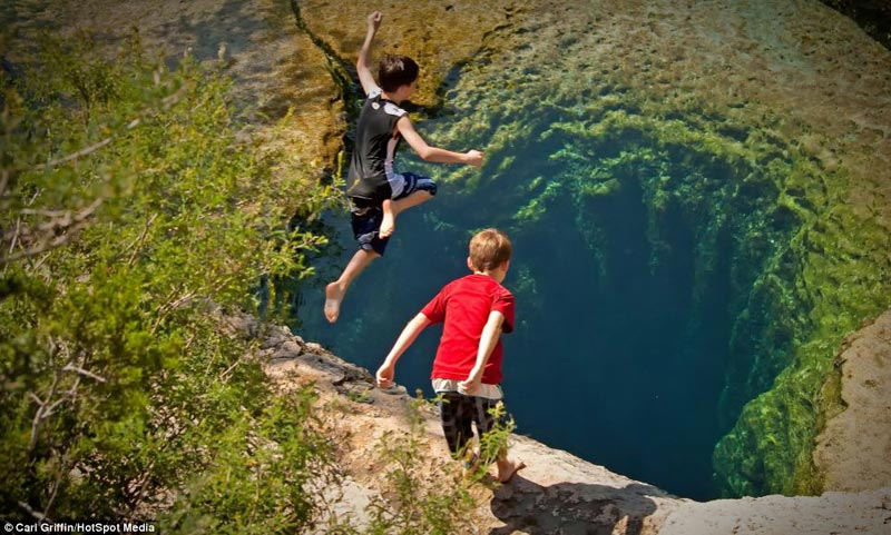 jacobs-well-texas