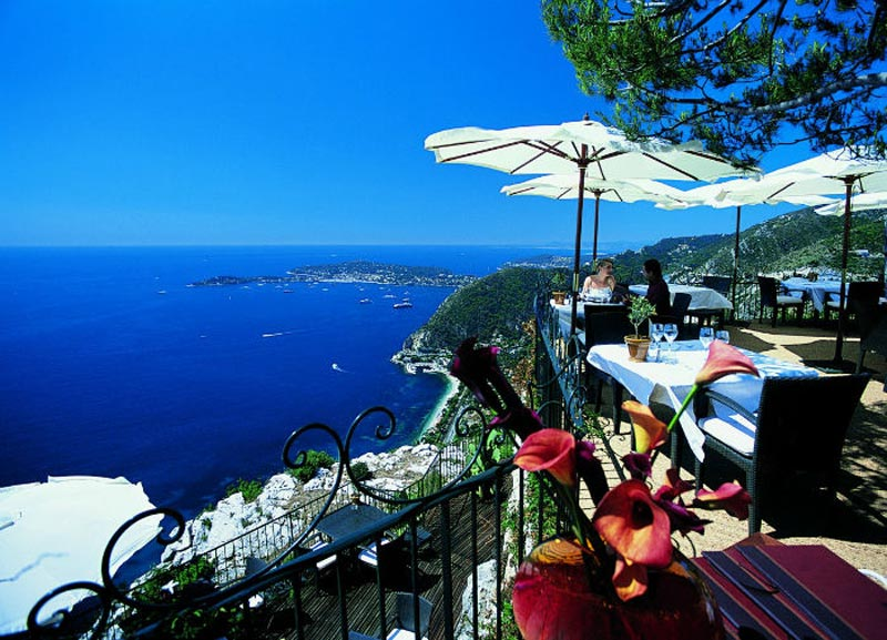 15 most amazing restaurants in the world with sea view for Jarden france