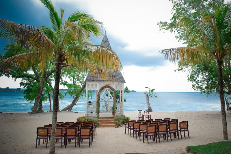 Matrimonio Spiaggia Bali : I posti più belli del mondo per un matrimonio in riva