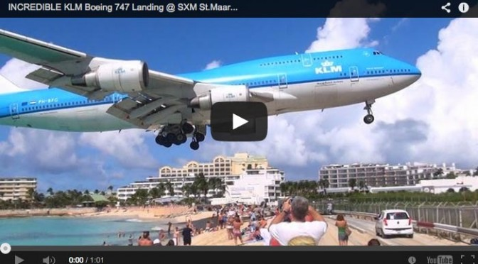 incredibile-atterraggio-boeing-747-maho-beach