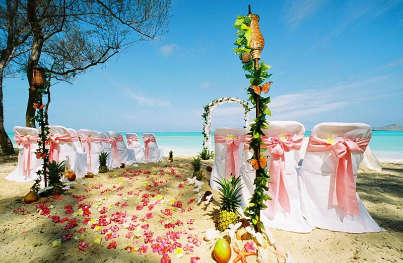 Beach Wedding Ceremony Oahu: I 12 Posti Più Belli Del Mondo Per Un Matrimonio In Riva