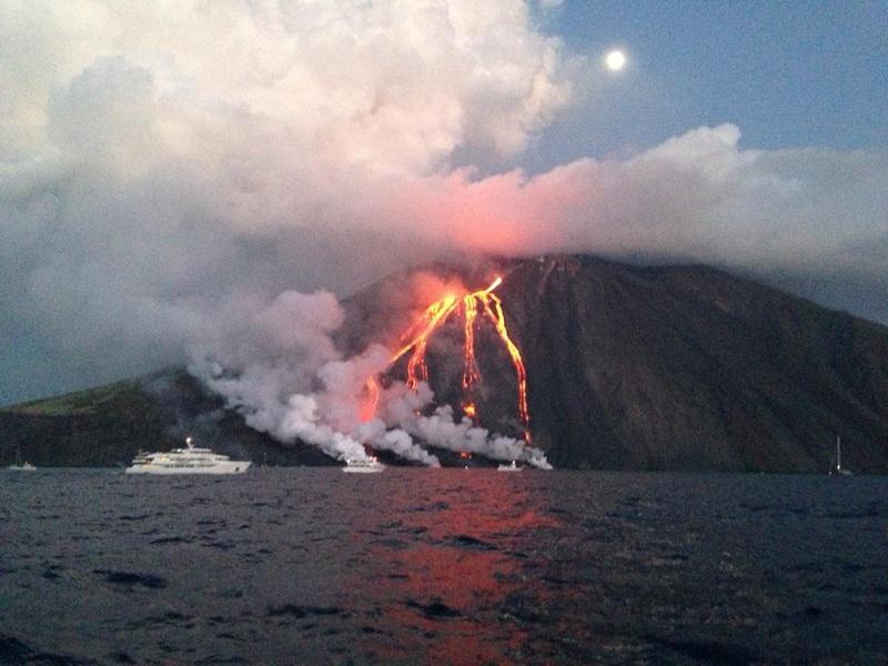 stromboli-eruzione (2)