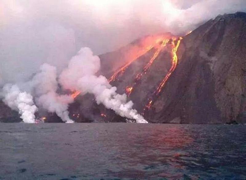 stromboli-eruzione (7)