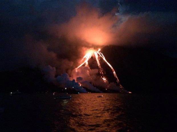 stromboli-eruzione (8)