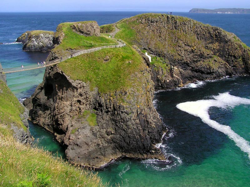 Carrick-a-Rede-Bridge-(5)