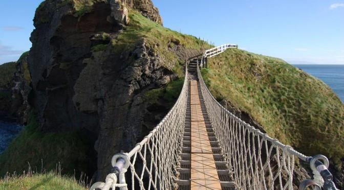 Carrick-a-Rede-Bridge-(6)