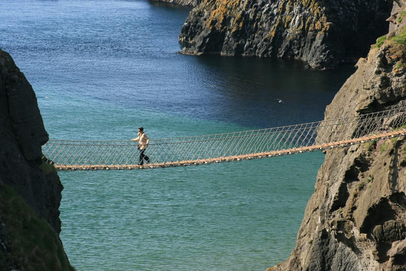 Carrick-a-Rede-Bridge-(7)
