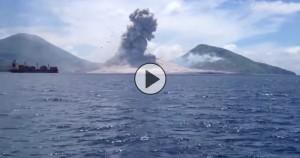 eruzione-sul-mare