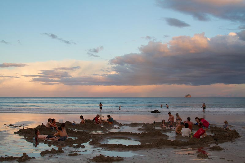 hot-water-beach-(1)