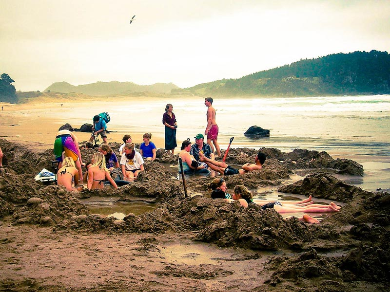 hot-water-beach-(2)