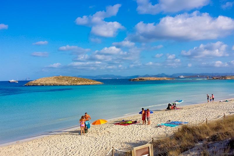 Spagna idee e consigli per una vacanza al mare weplaya for Vacanze a barcellona sul mare