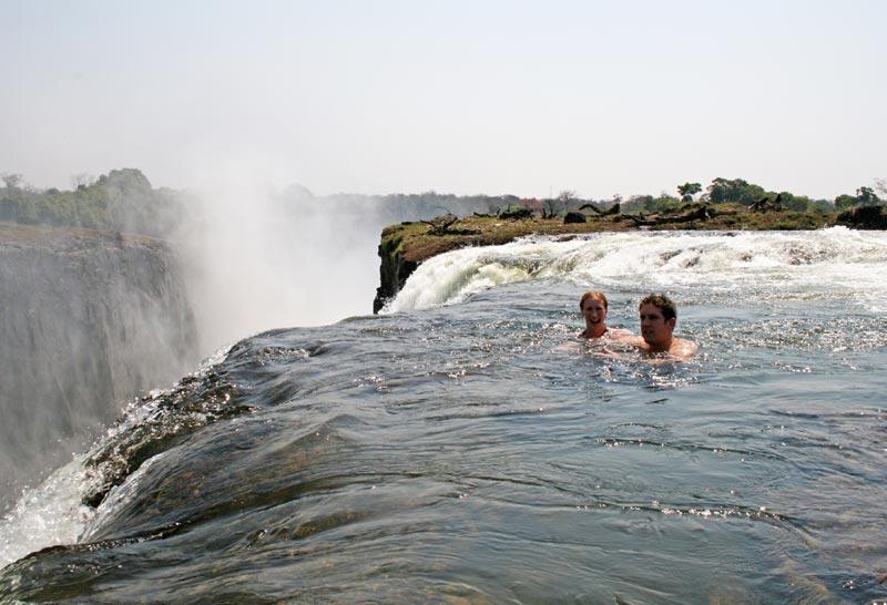 Devil's-Pool-Victoria-Falls