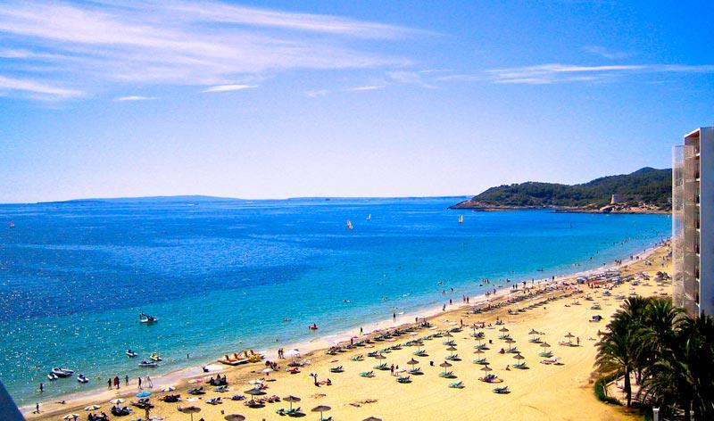 Playa-d'en-Bossa-Ibiza