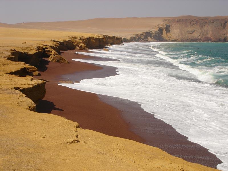 Playa-Roja-Paracas-(1)