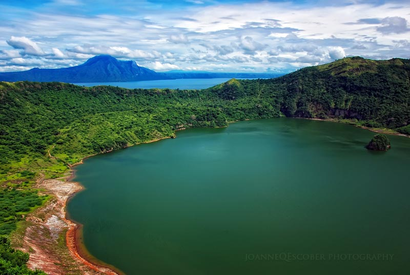 taal-crater-lake