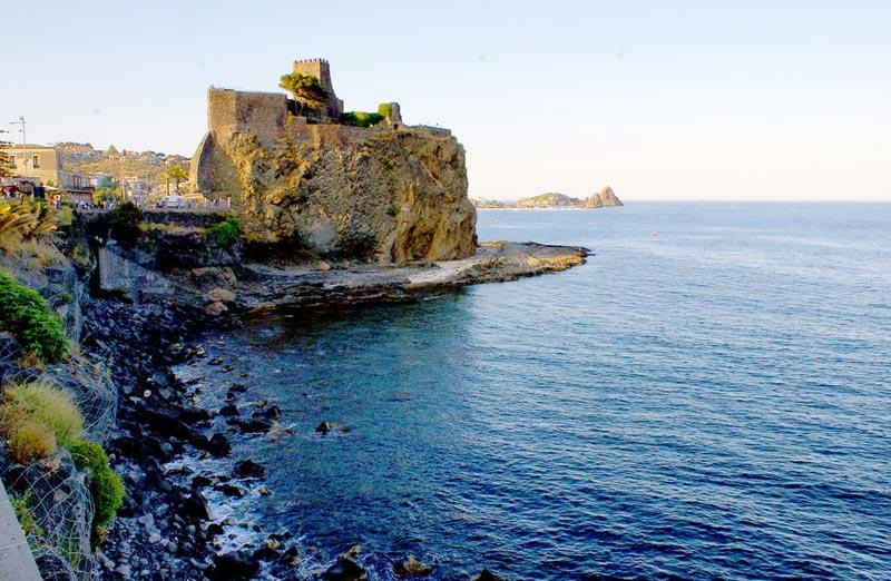 Aci-Castello_sicilia