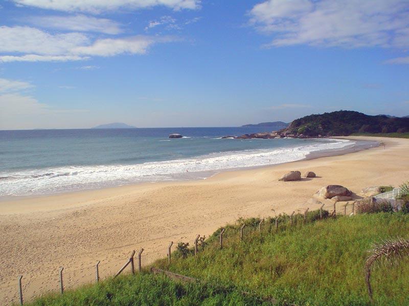 Praia ì-Quatro Ilhas-brasile