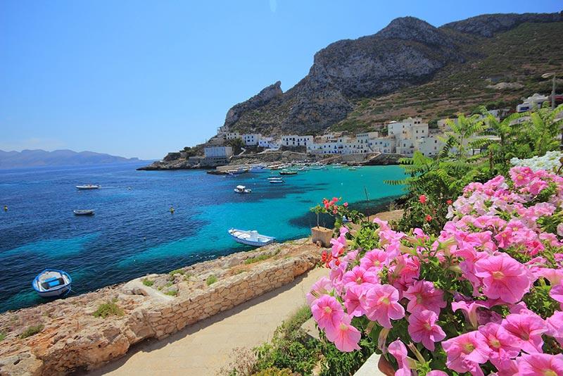 isola-levanzo-sicilia-mare-cristallino