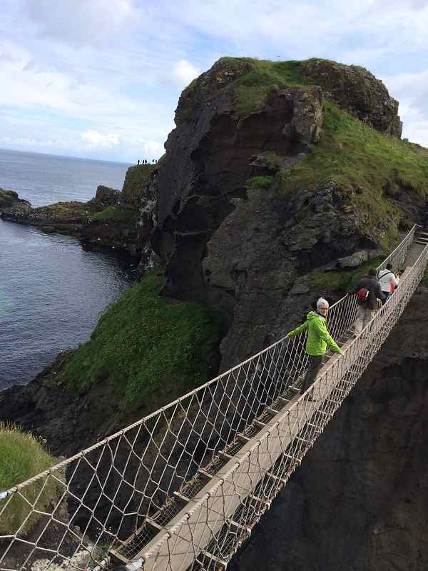 Carrick-a-Rede-Bridge-(1)