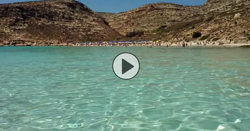 Isola Dei Conigli A Lampedusa Il Mare E Cosi Trasparente Da