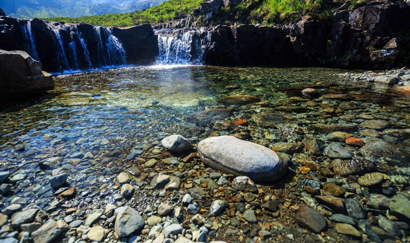 Fairy-Pools-Skye-scozia (7)
