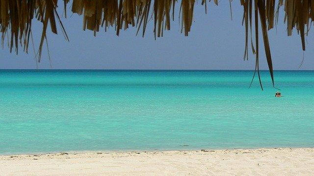 Playa-Guardalavaca-Cuba