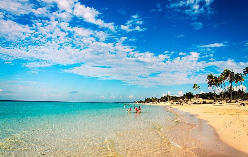Playas-De-l'Este-cuba