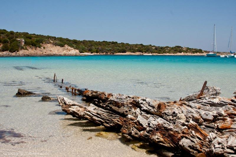spiaggia-del-relitto-caprer