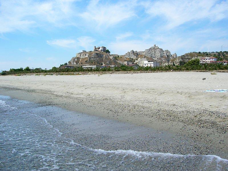 Roccella-Jonica-spiaggia
