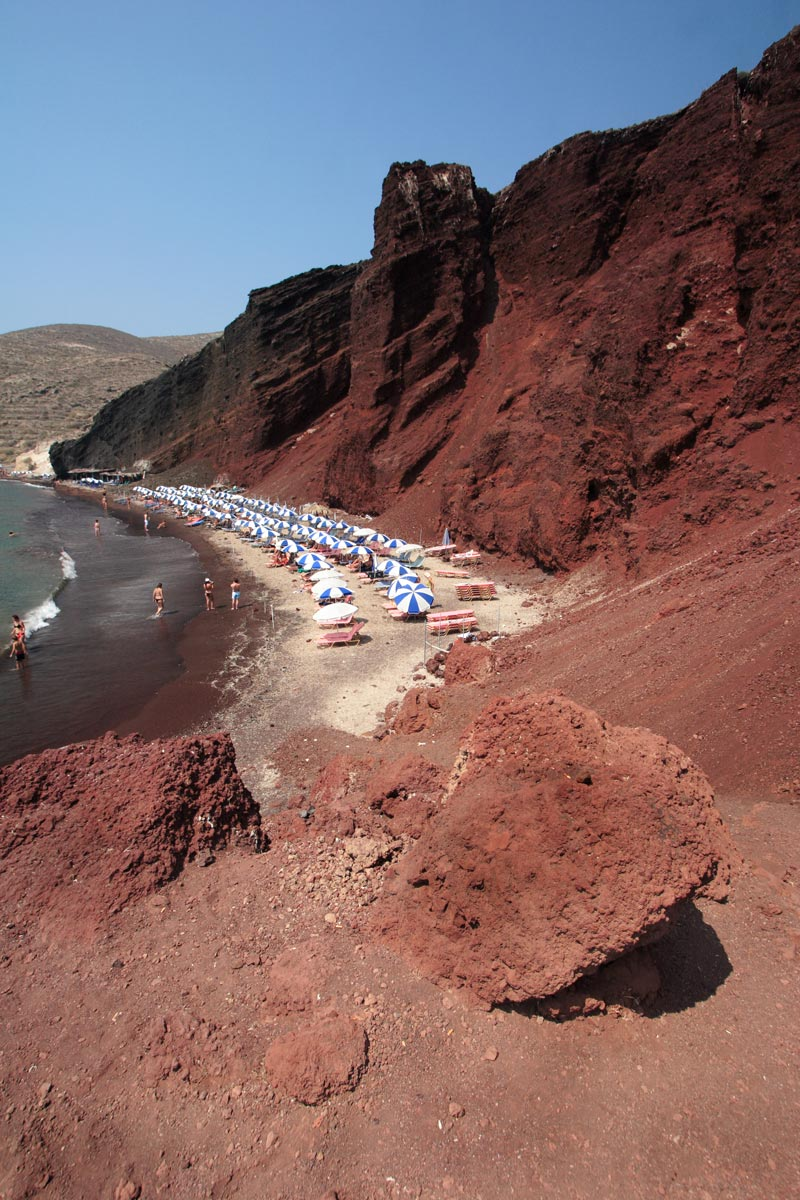 red-beach-santorini-(4)